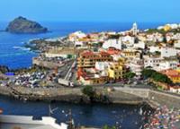 """Cyrp- urlop z urlop z Stawiając na wyjazd do państwa takiego jak last minute w Grecji z all inclusive odnaleźć można w rozmaitych biurach podróży. Znakomicie zestawione oferty oraz rozbudowane możliwości, które za nimi idą, to dla wielu spełnienie wakacyjnych marzeń. Możliwość all inclusive, jaką dać może już dzisiaj mnóstwo hoteli oraz innych miejsc noclegowych za granicą, to znakomita opcja dla turystów pragnących zaoszczędzić. Jedzenie i mnóstwo atrakcji w cenie wyjazdu – na to piszą się turyści!  <strong>Grecja (<a href=""""http://www.apollotour.pl/ixyk9_grecja.htm"""">kliknij po szczegóły</a>) 2013 jako doskonała propozycja wakacyjna</strong></p> <p>Decydując się dzisiaj na wyjazd wakacyjny do innego państwa powinniśmy dobrze zastanowić się i uprzednio zarezerwować [TAG=hotel' title='wakacje, wczasy' style='margin:6px;'/></p> <div class="""